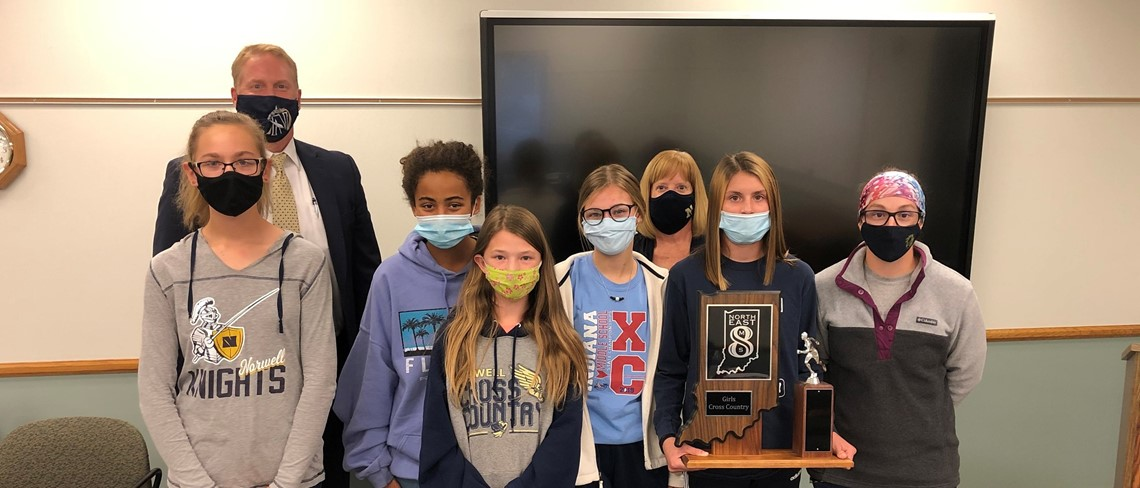 NMS girls cross country with masks